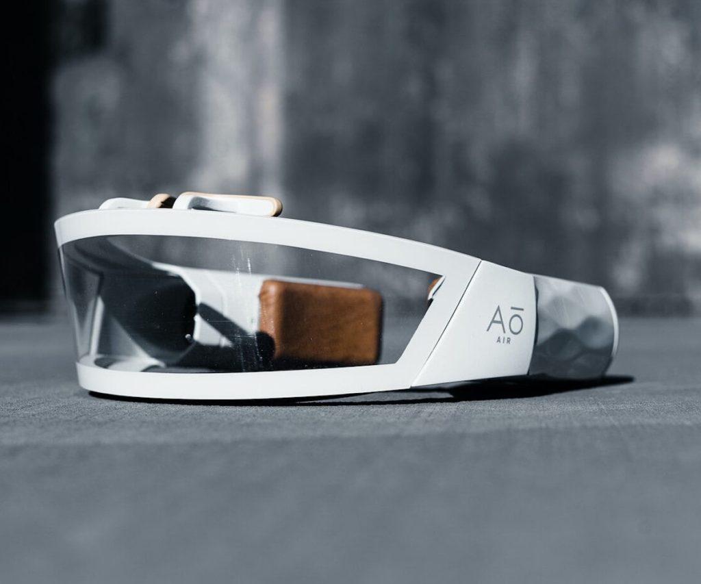 Ao-Air-The-Atmos-Wearable-Air-Purifier-01-1200x1000.jpg