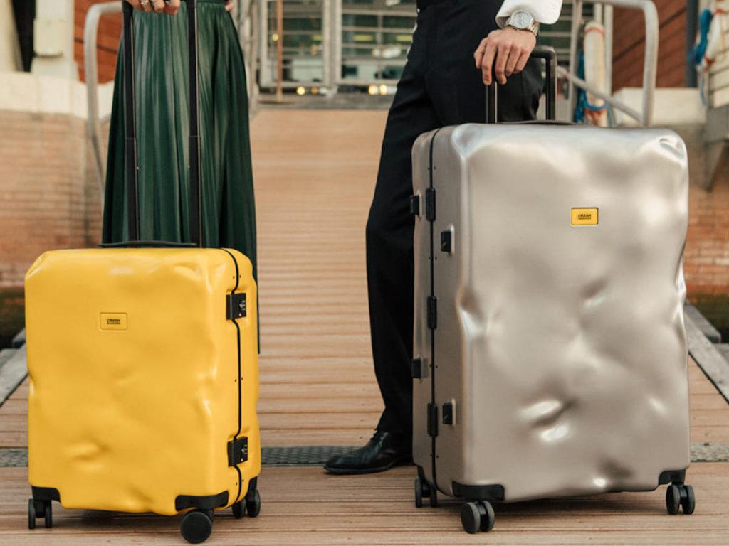 Crash-Baggage-Robust-Durable-Suitcase-01-1200x900.jpg