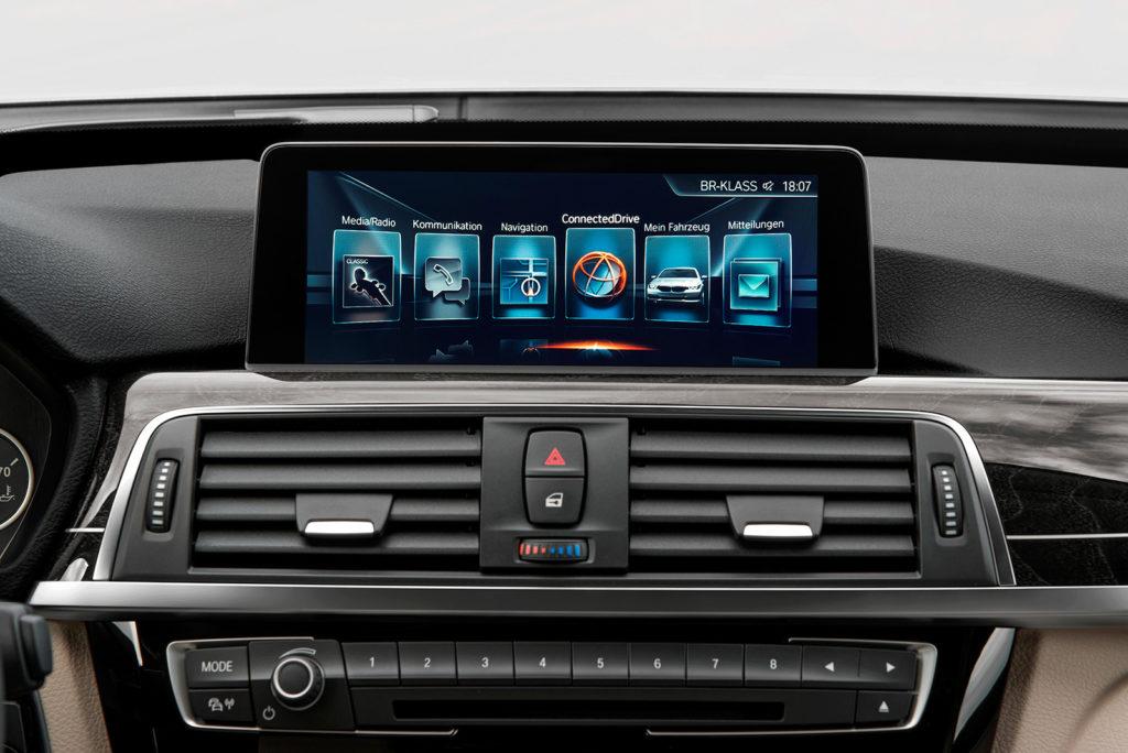 BMW-iDrive-touchscreen.jpg