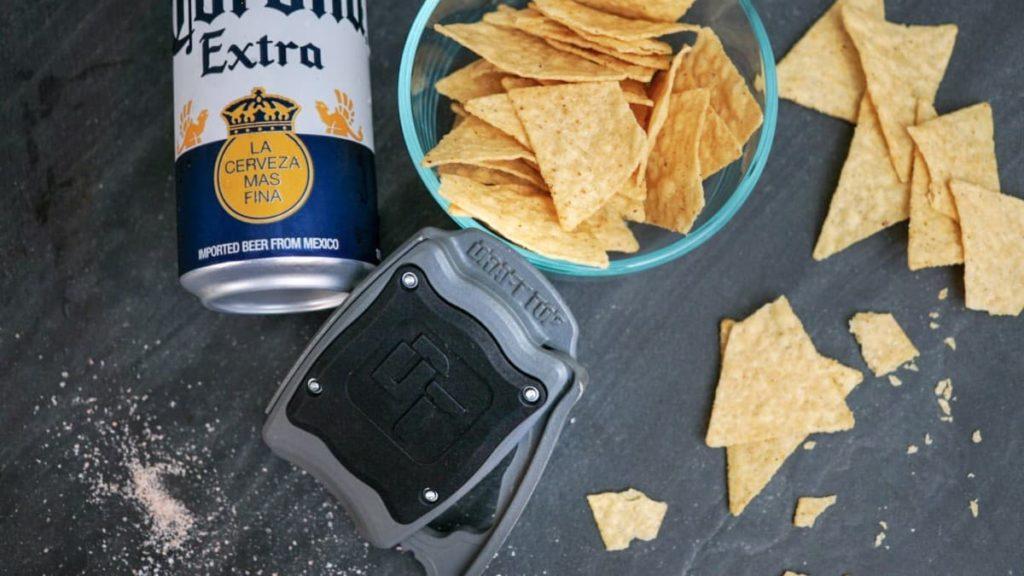Draft-Top-Beer-Can-Opener-01-Copy.jpg