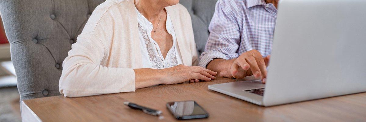 Elderly-couple-laptop-technology-adobe.jpg