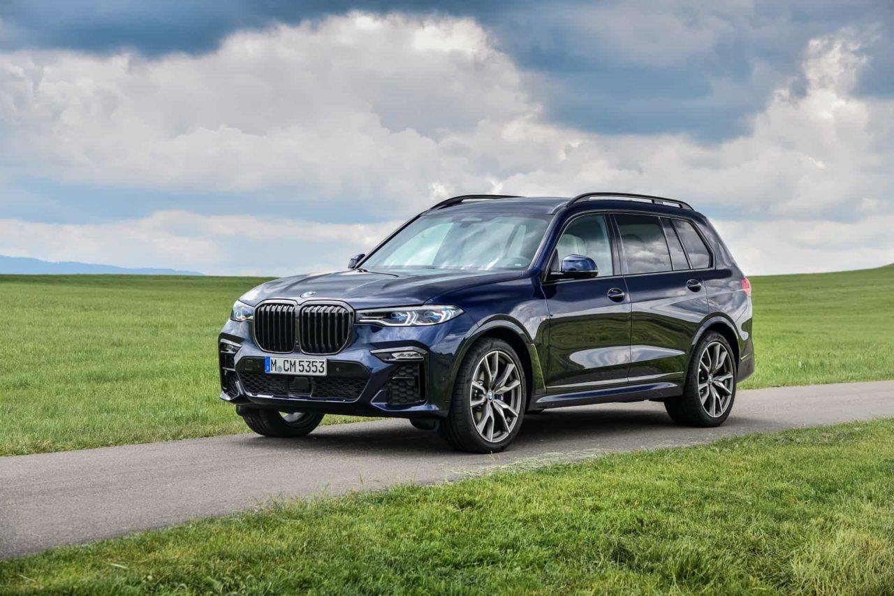 BMW-X7-M50i-Individual-G07-in-Tanzanite-Blue-7.jpg