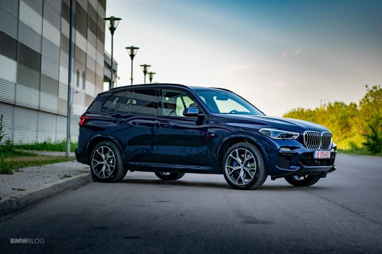 2020-BMW-X5-xDrive45e-Review-47.jpg