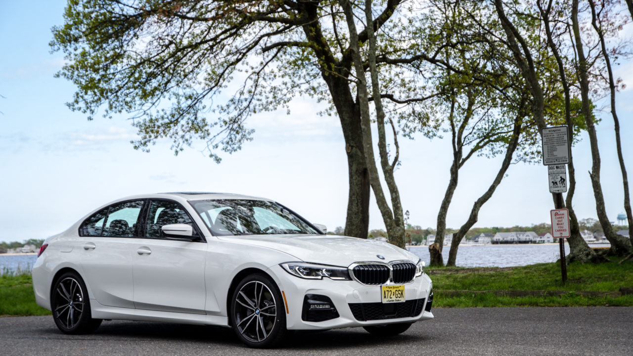 BMW-330i-xDrive-28-of-42.jpg