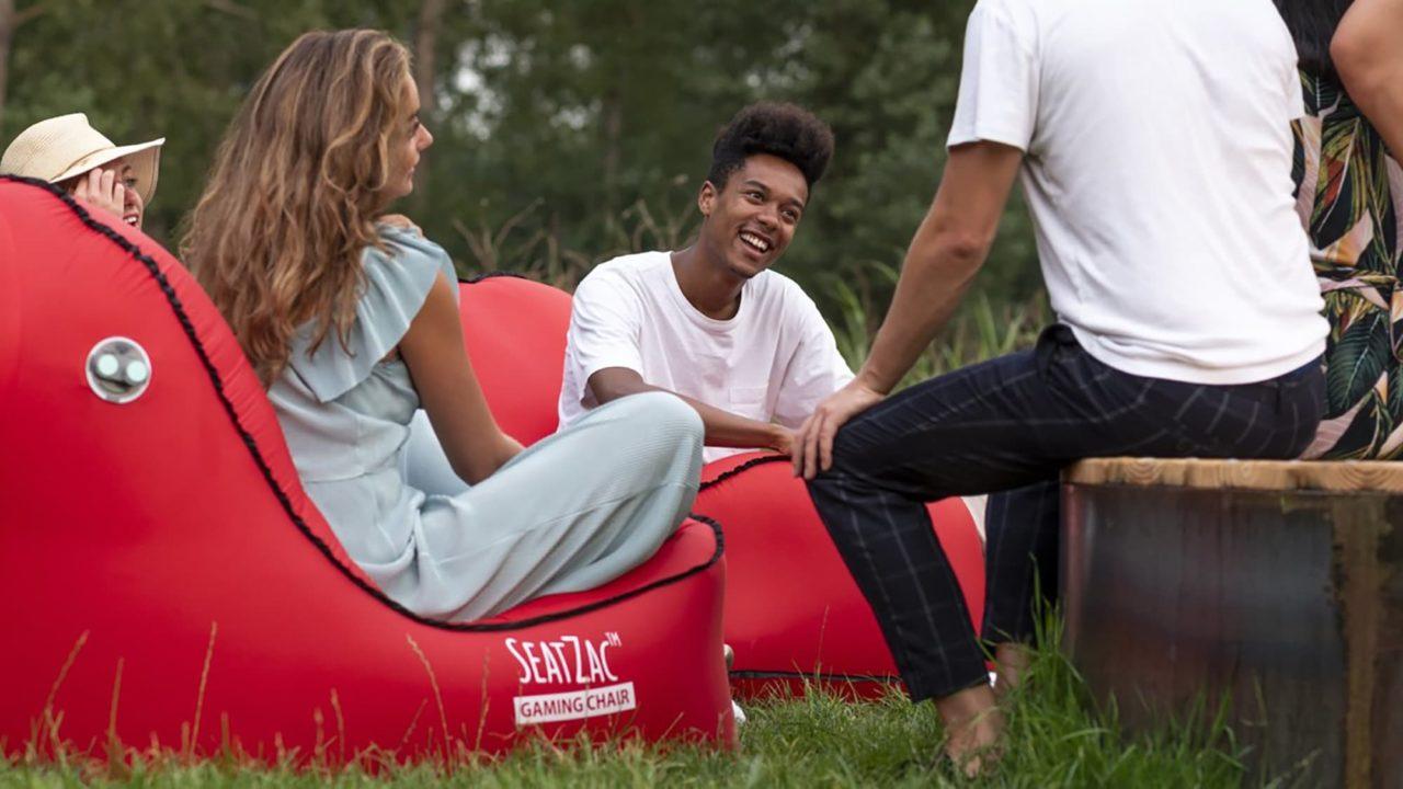 SEATZAC-Incredible-Self-Inflating-Chair-001.jpg