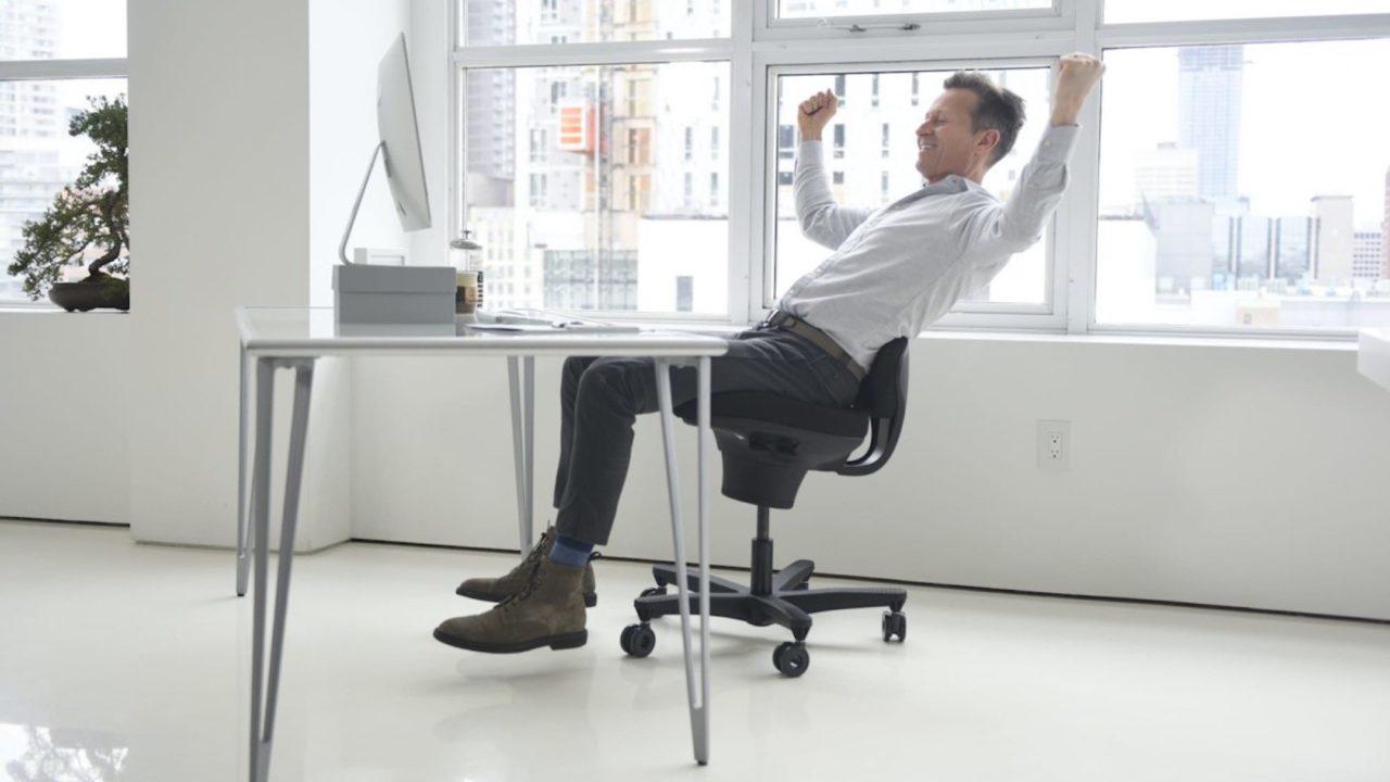 CoreChair-active-sitting-chair-01.jpg