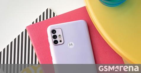 Motorola Moto G30 in for review