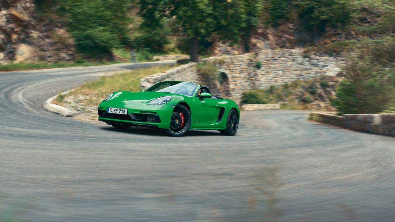 The-new-Porsche-718-Boxster-GTS-4.0-3-1280x720.jpg