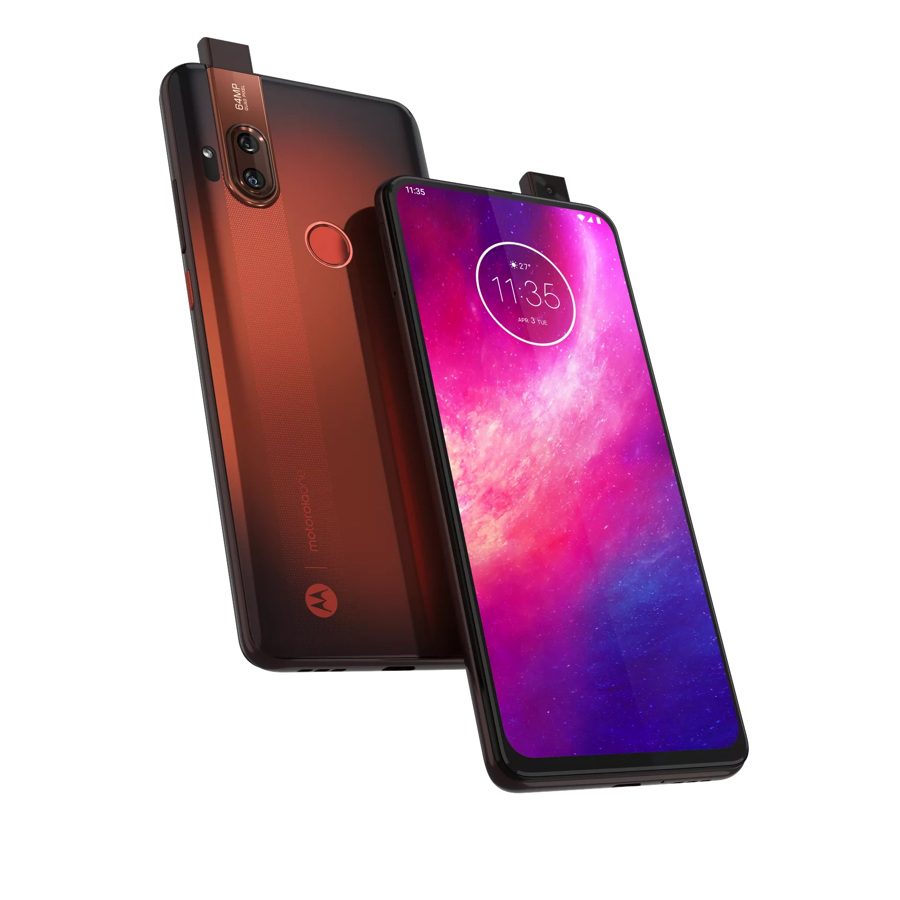 "Motorola One Hyper: mobile camera and powerful ""hypercharging""."