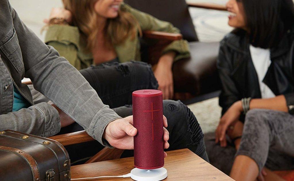 Ultimate-Ears-MEGABLAST-Voice-Controlled-Bluetooth-Speaker-02.jpg