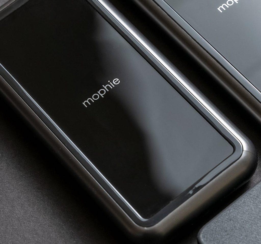 mophie-powerstation-wireless-XL-Portable-Battery-Pack-01-1200x1125.jpeg