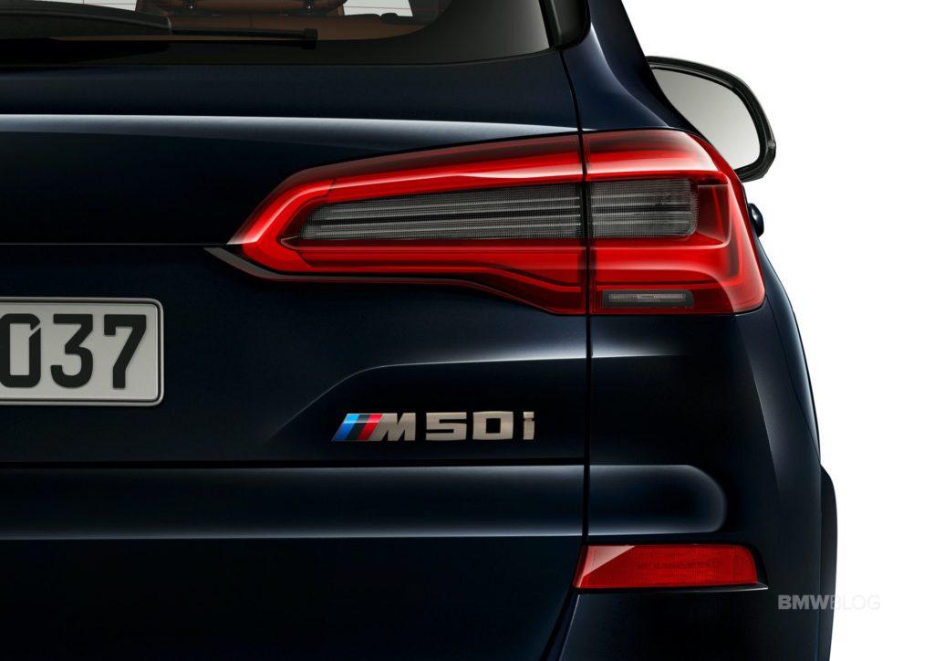 2020-BMW-X5-M50i-02.jpg