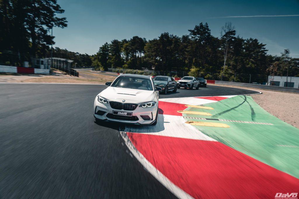 2021-BMW-m2-cs-race-track-05.jpg