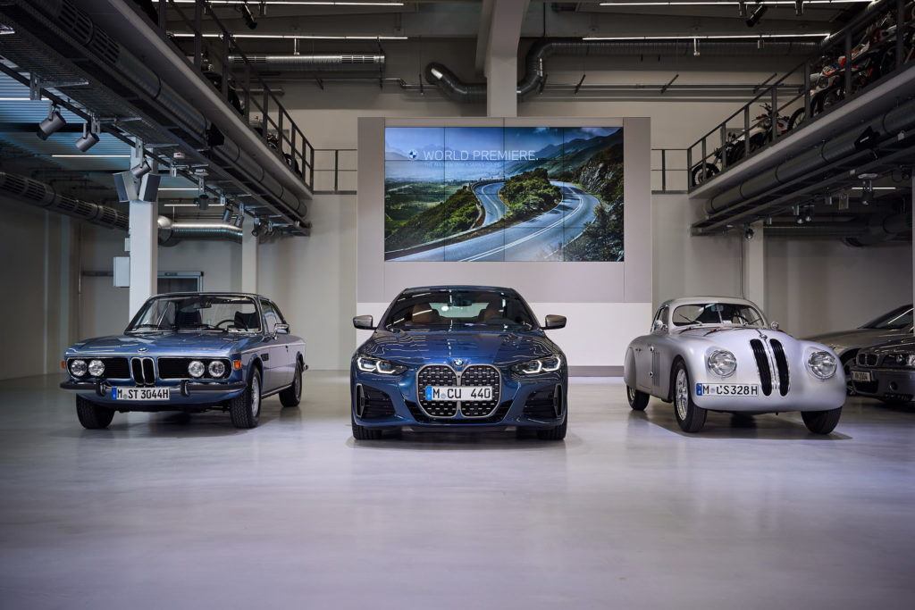 Digital-Premiere-for-the-new-BMW-4-Series-Coupe-5.jpg
