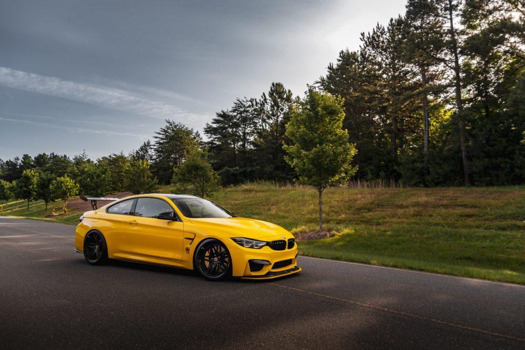 BMW-M4-GTS-yellow-color-31.jpg