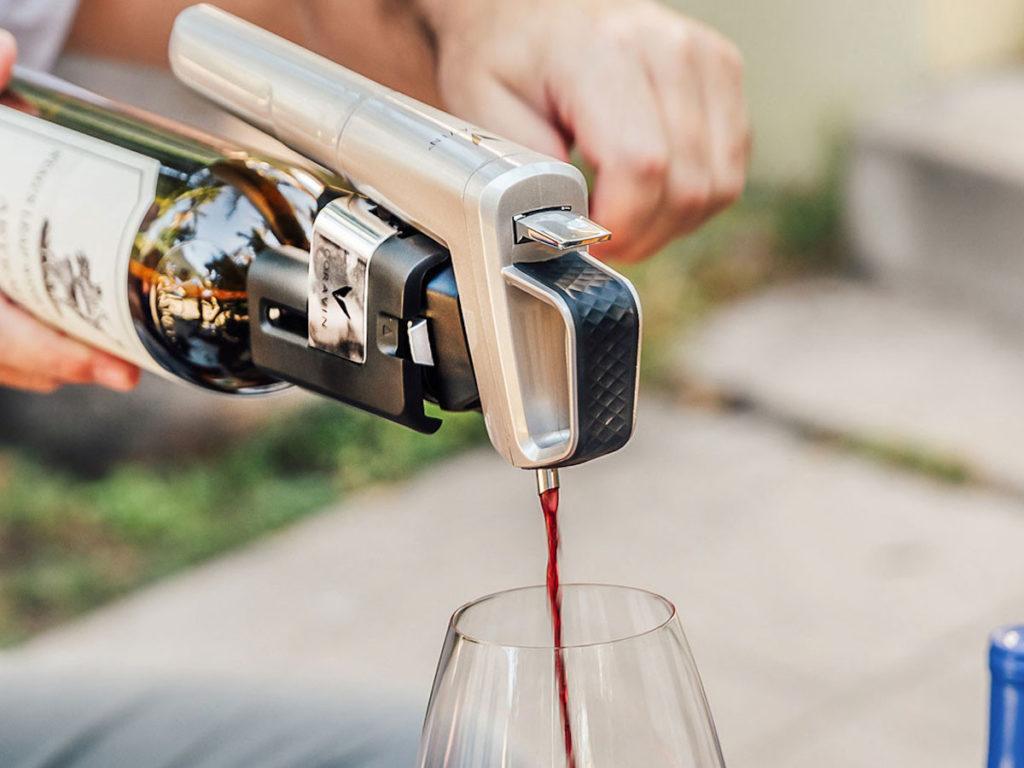 Coravin-Model-Six-Wine-Pourer-01-1200x900.jpg