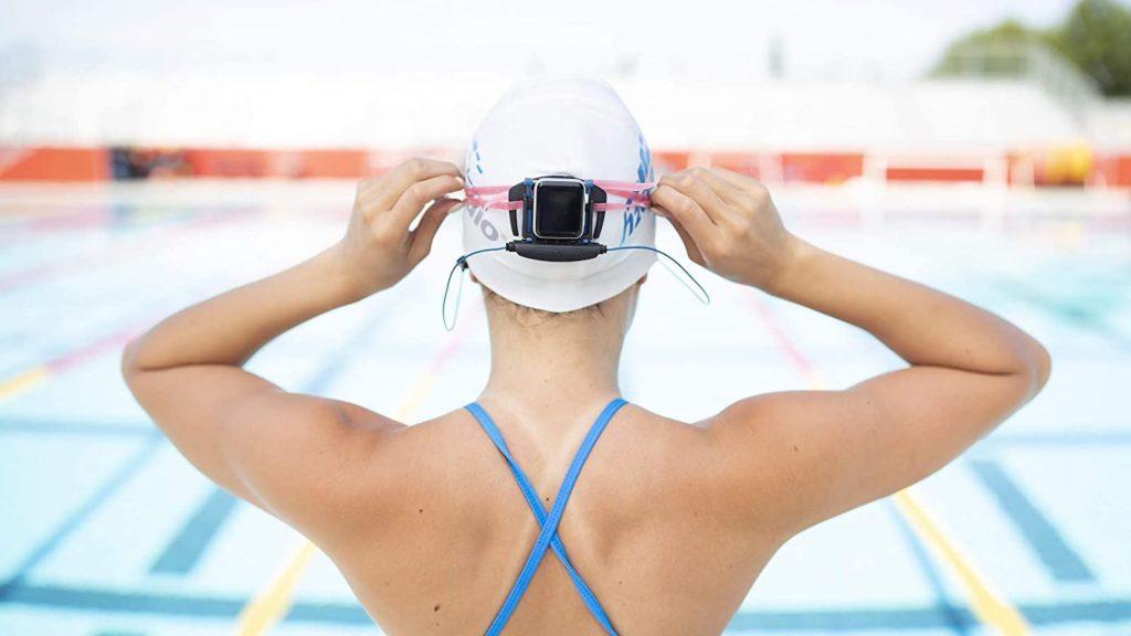 H2O-Audio-Interval-Swim-Headphones-Underwater-Apple-Watch-Earbuds-01.jpg