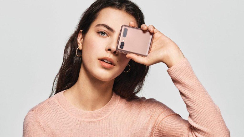 Samsung-Galaxy-Z-Flip-5G-Foldable-Smartphone-02.jpg