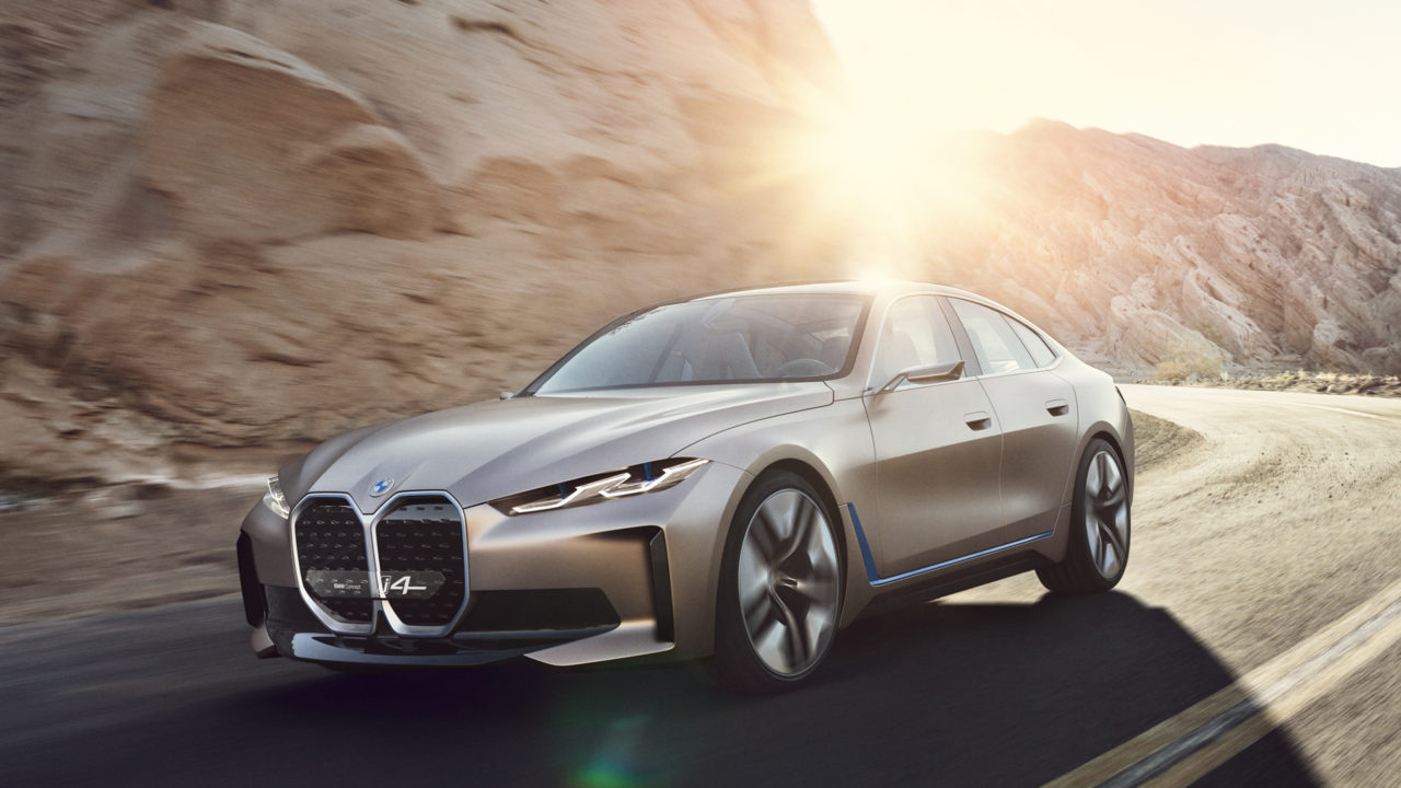 BMW-i4-Concept-vs-Tesla-Model-3-Performance-4.jpg