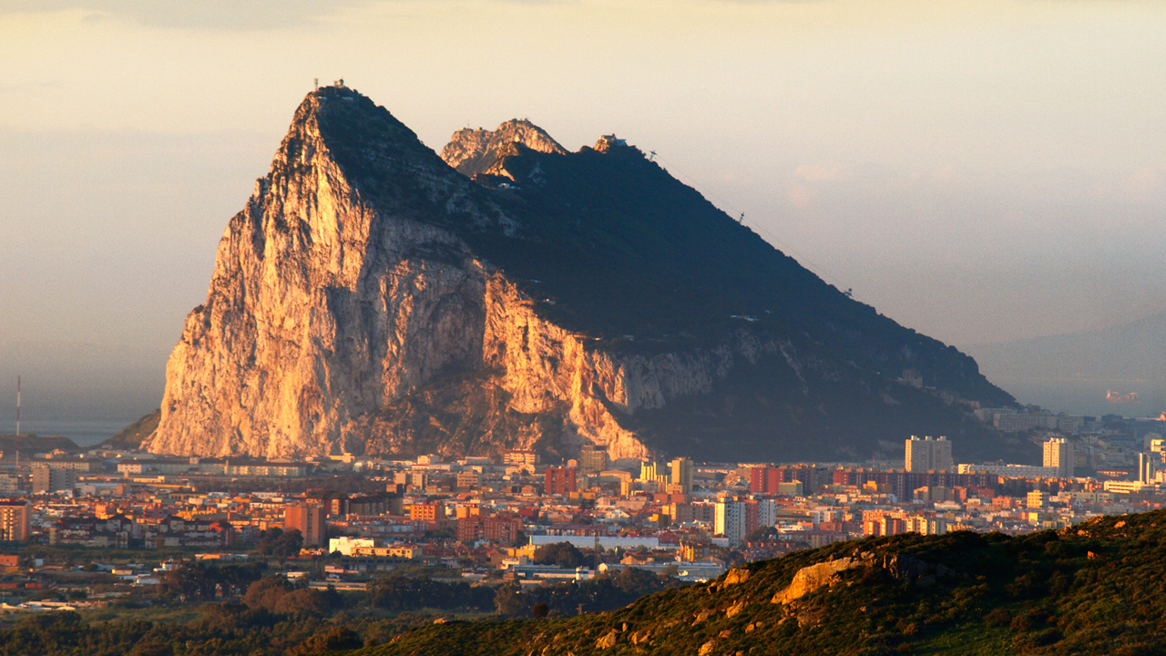 gibraltar-updates-distributed-ledger-framework-to-align-with-fatf-crypto-regulations.jpg