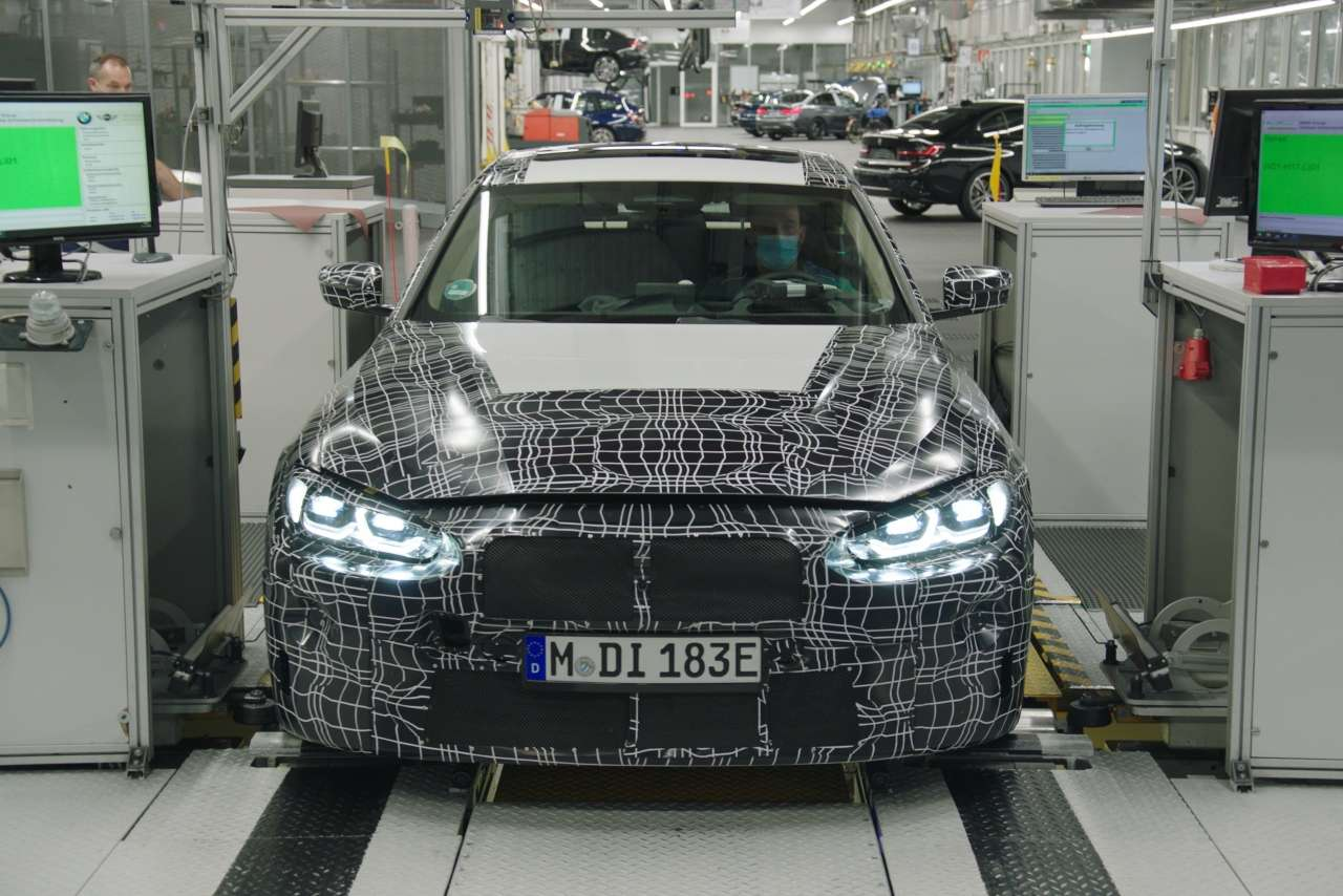 bmw-i4-pre-production.jpg