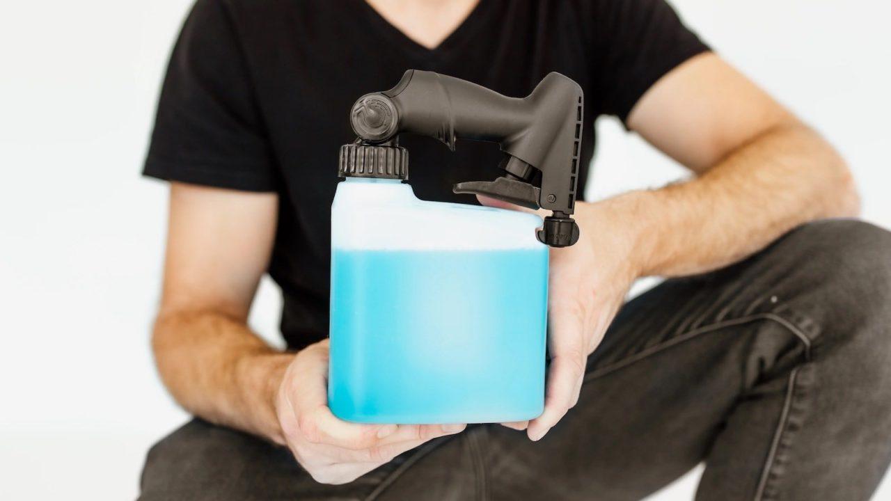PIVOT-Reinvented-Spray-Bottle-01-1280x720.jpg